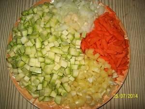 подготовим продукты для кабачковой икры