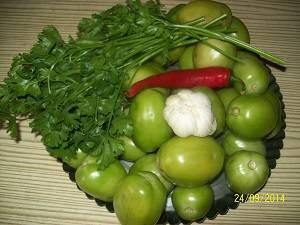 ингредиенты для засола зелёных помидор
