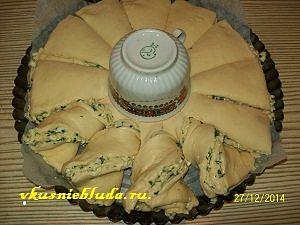 формирование пирога с брынзой