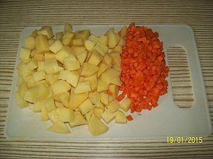 овощи для супа нарезать кубиками