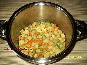 обжаривание для овощного супа с фрикадельками