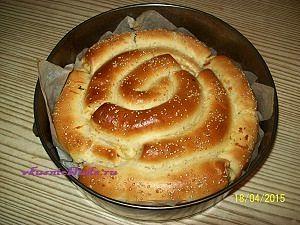 оставляем вкусный пирог для остывания