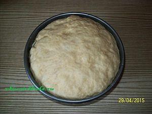 готовое тесто для пирога с вишнями