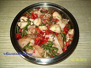 маринуем курицу с овощами