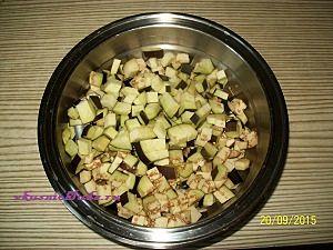 нарезка баклажан для салата