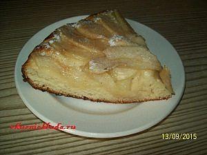 порция пирога с грушами