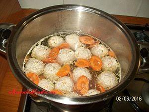 фрикадельки и морковка
