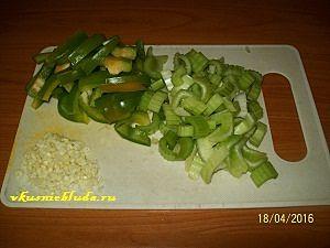 зелёный перец чеснок