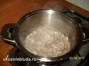 жарим мясо для гречки