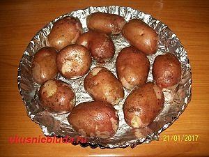 картофель запеченный в духовке