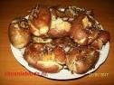 Запеченный картофель в духовке.