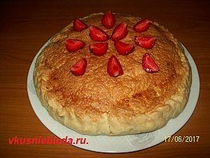 рецепт пирога клубника ревень