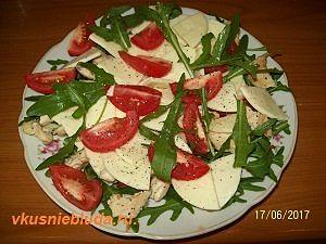 салат с рукколой и курицей рецепт