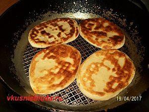 жареные пирожки тонкие