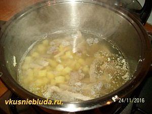 готовим чечевичный суп