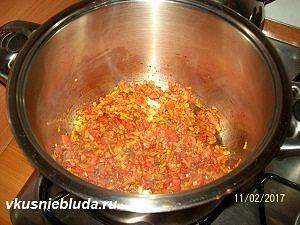 обжариваем овощи для супа