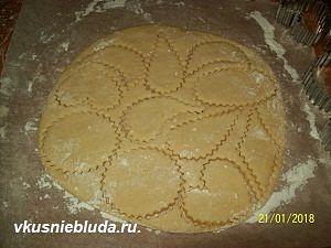 фигурное печенье на сметане