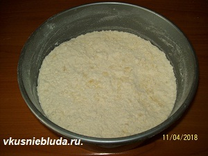 готовим тесто для кекса