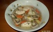суп с шампиньонами и кнелями