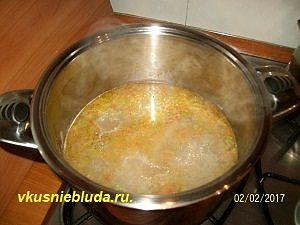 суп со свининой и овощами