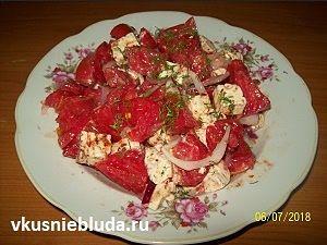 салат из помидоров и брынзы рецепт
