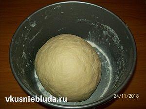 готовим тесто для ватрушек