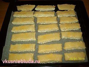 формируем печенье с творогом