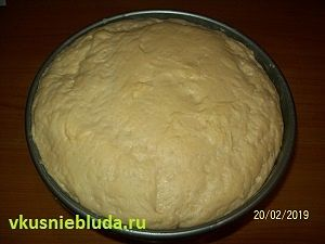 дрожжевое тесто на сыворотке