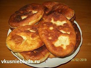 рецепт пирожки на сыворотке жареные