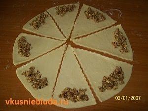 формуем ореховые трубочки