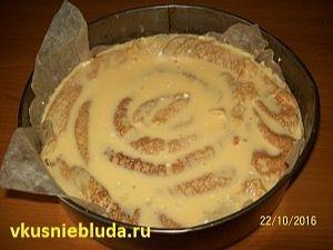 заливаем пирог из блинов
