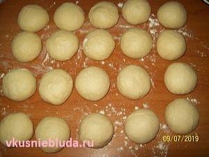 пирожки вишня тесто