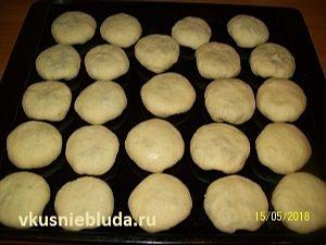 выпекаем пирожки с грибами