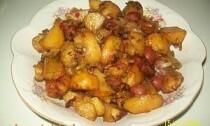 запеченная картошка с колбасками