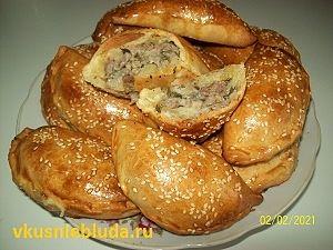 вкусные духовые пирожки с мясом