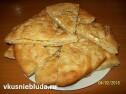Пирог с сыром и базиликом.